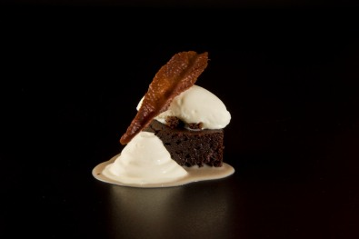 Pastel tibio de chocolate